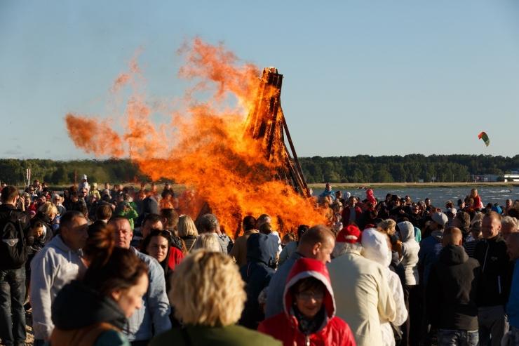 GALERII! Põhja-Tallinna vanem Peeter Järvelaid: Jaanipäev on Läänemere ääres elavatele rahvastele üks suuremaid tähtpäevi aastas