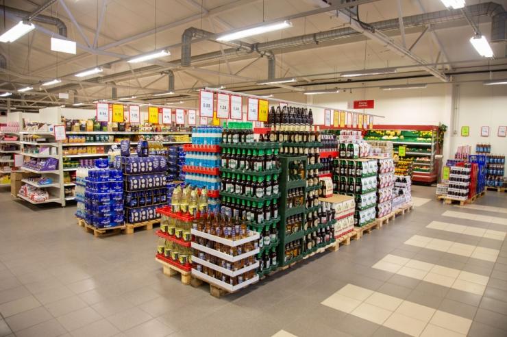 Kaupluseketid: aktsiisitõus langetab poodides hindu