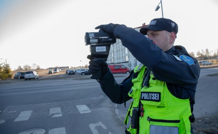 Homsest võib Eesti teedel kohata mobiilseid kiiruskaameraid