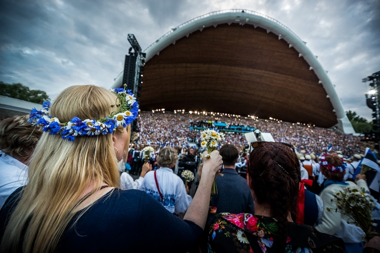 VAATA FOTOSID JA VIDEOT: Enam kui 100 000 inimest kinkisid Eestile väärilise juubelipeo