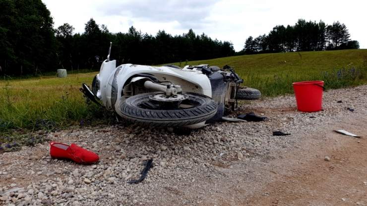 Tartumaal hukkus maasturiga kokku põrganud rollerijuht