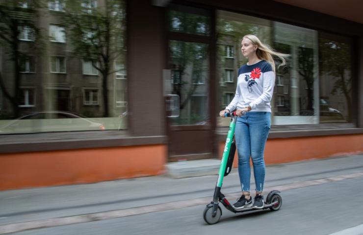 Andrei Novikov: Elektritõukerattal liiklemine tuleb seadusega reguleerida