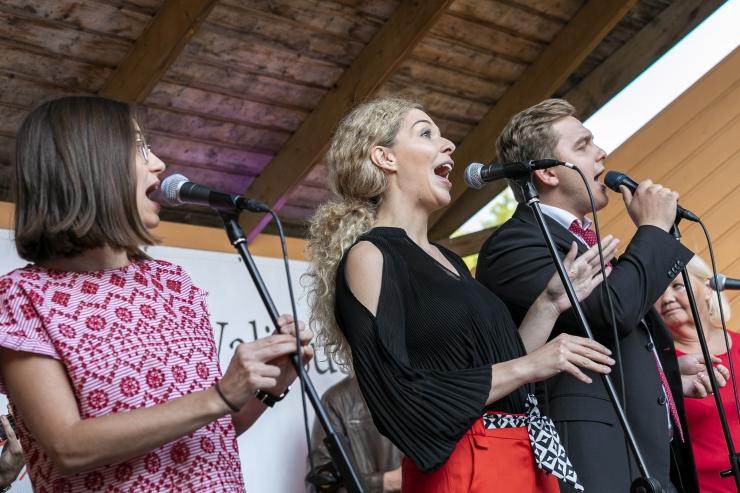 FOTOD: Löwenruh` pargi muusikasuve lõpetas ansambel Inerts