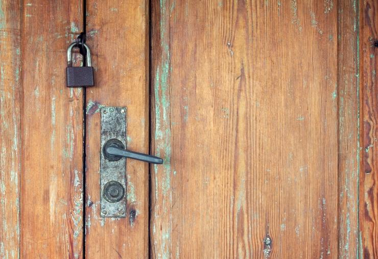 Ehituspoes tasku unustatud ukselukk viis kliendi vangikongi