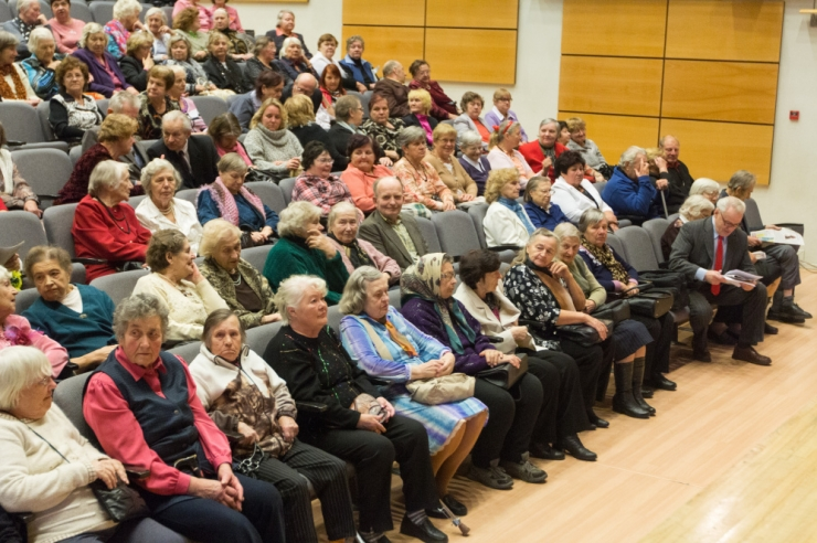 Pensionireform tuleb terviklik ja vabanev raha läheb pensionitõusu