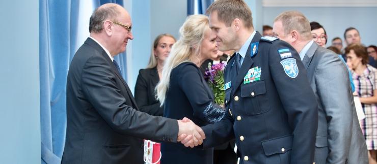 Peaminister: Helme kohtub Vaheriga täna