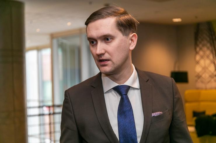 Jaak Madison viibis kinnipeetud Hannes Rummiga jaoskonnas samal ajal