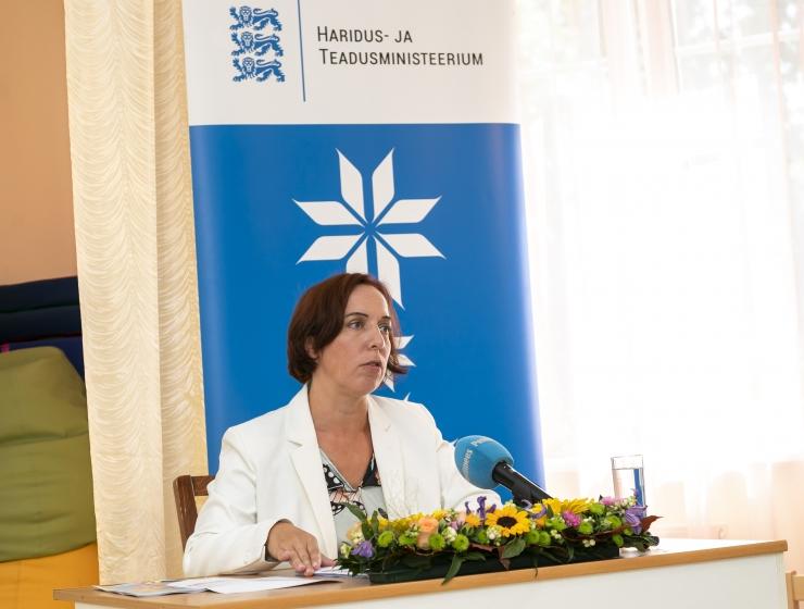 Reps: lisame venekeelsetesse lasteaiarühmadesse õpetaja, kes töötab eesti keeles