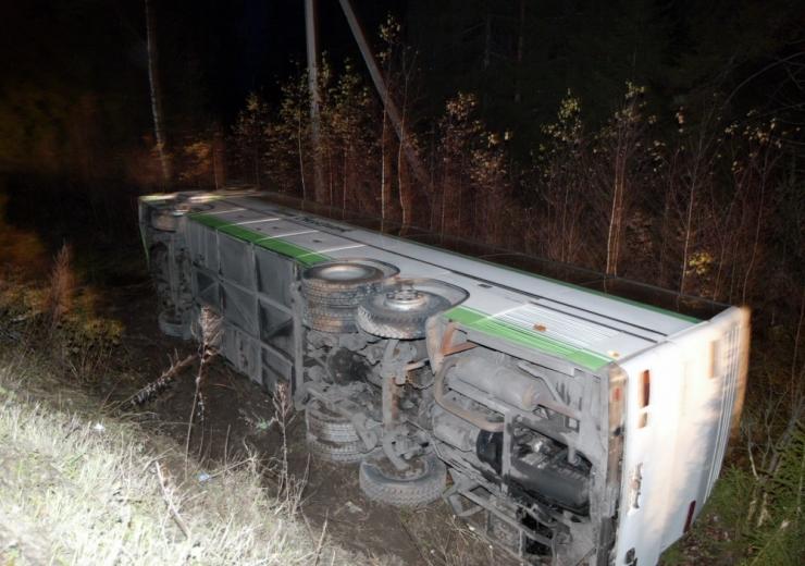 Veoauto ja bussi avarii 26 inimese tervisekahjud lähenevad 150 000 eurole