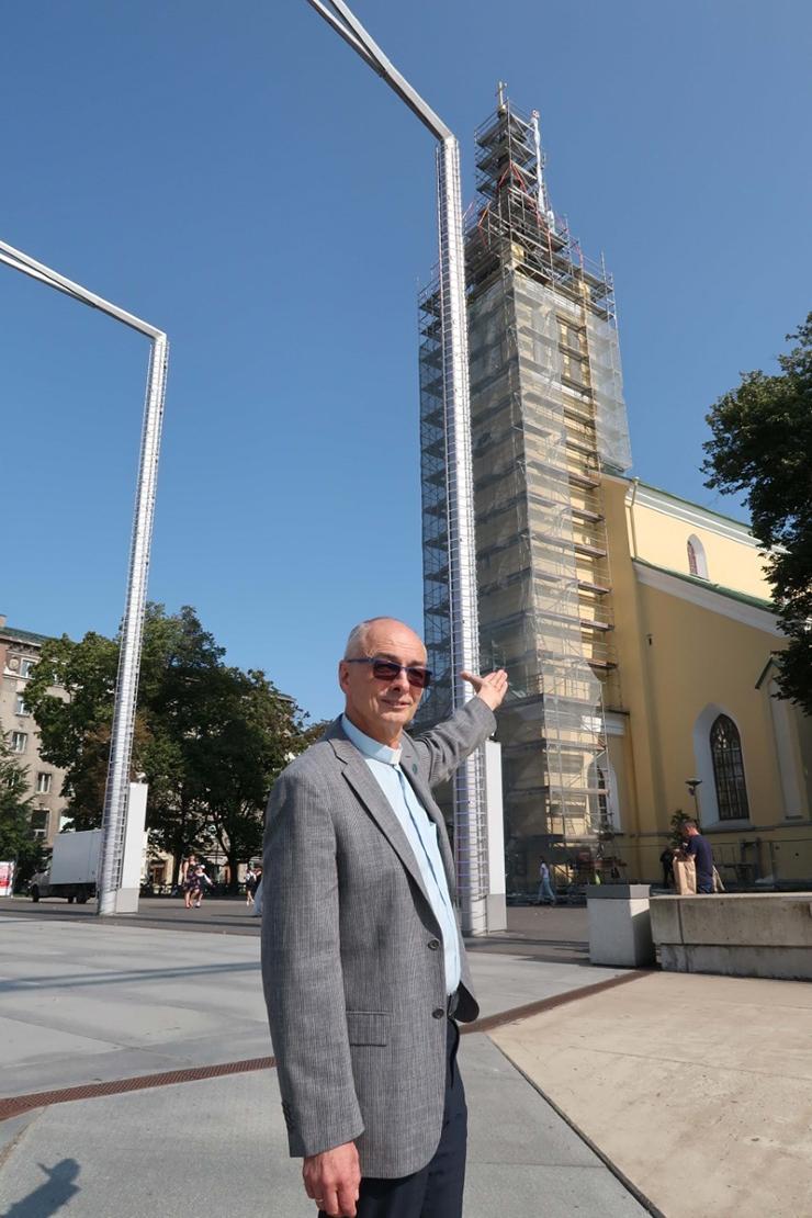 Rahasüst takistab Jaani kiriku torni väljakule prantsatamast