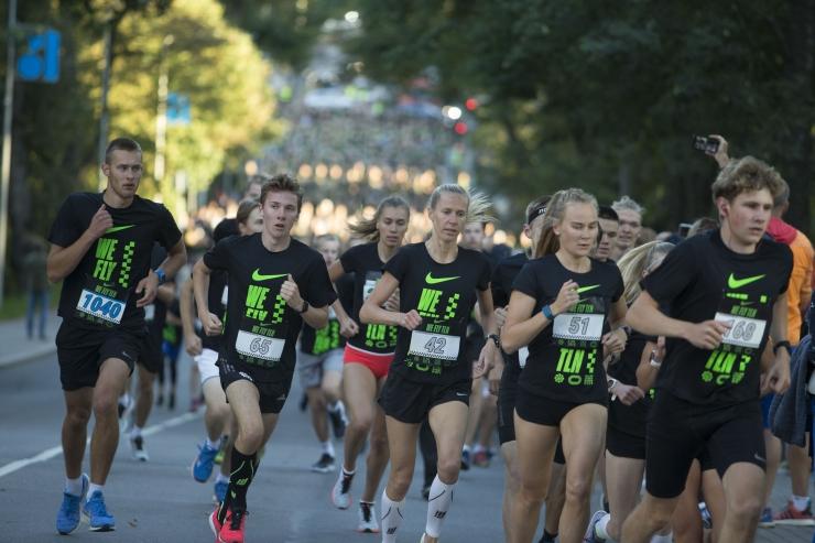 VAATA PILTE: Nike Noortejooksu võitsid Olavi Allase ja Kelly Nevolihhin