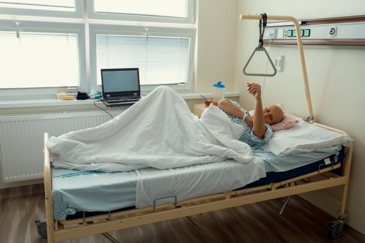 Vähiliidu nõukogu: kaasajal suudame juba pisut enam kui pooled vähki haigestunutest täiesti terveks ravida