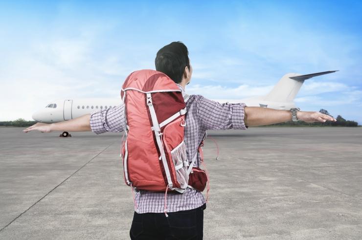 ABIKS REISIJALE: Millal on kasu Euroopa ravikindlustuskaardist ja millal aitab reisikindlustus?