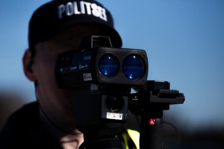 Politsei võib jätta kiiruseületajaid trahvi asemel rahunema