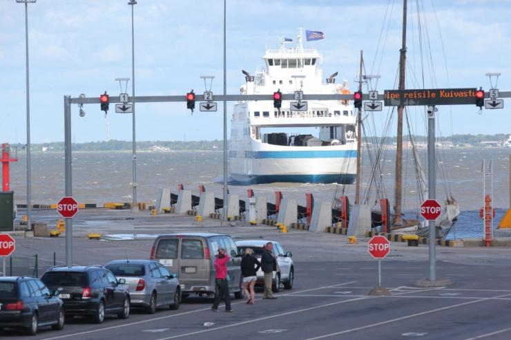 Riigieelarve toob Saaremaa liinile lisalaeva ja Haapsalu raudtee kavandamise
