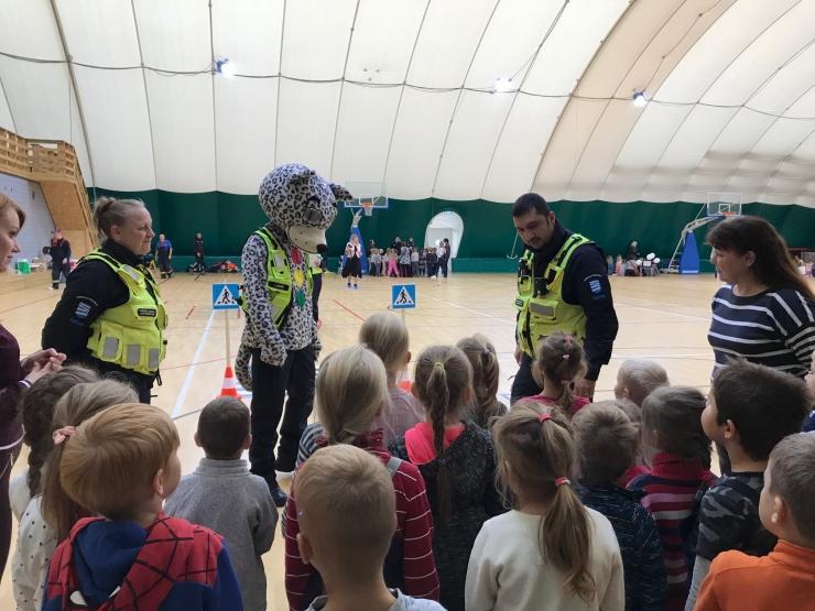 Üle 200 Haabersti lasteaialapse osaleb ohutusalasel teabepäeval
