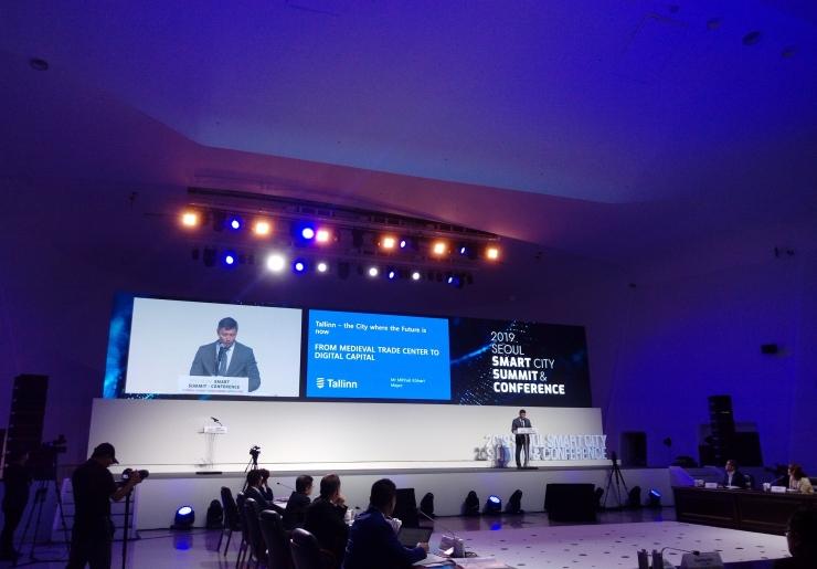 Linnapea Kõlvart tutvustas targa linna konverentsil innovatsiooni ja e-lahendusi
