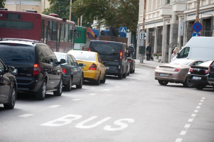 VAATA VIDEOT! Tallinn ei luba jalgrattureid bussirajale