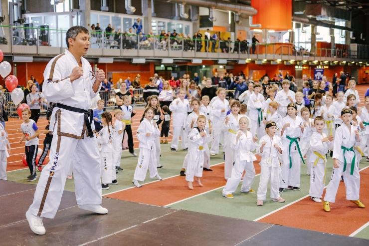 VAATA FOTOSID! Tallinn kutsub lapsi erinevate spordialadega tutvuma