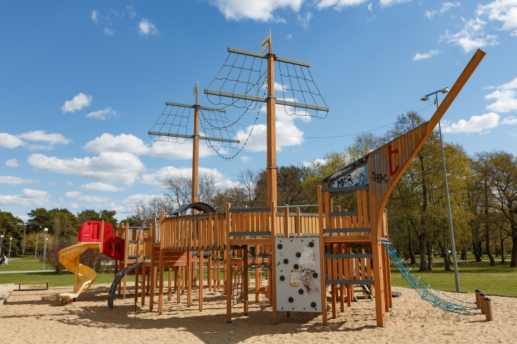 Linn uuendab Stroomi mänguväljakud