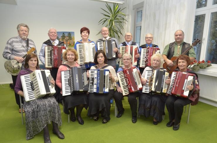 Nõmmel toimub tantsu pärastlõuna eakatele akordioniklubiga Amulett