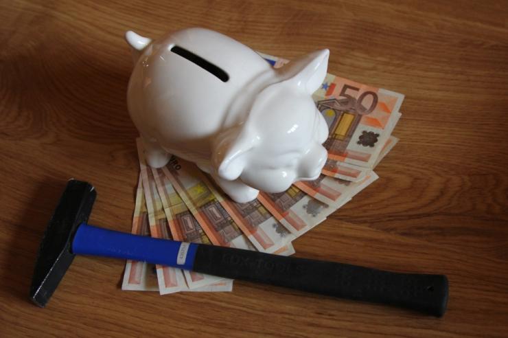 Uuring: 72 protsenti inimestest planeerib oma eelarvet ühe kuu kaupa