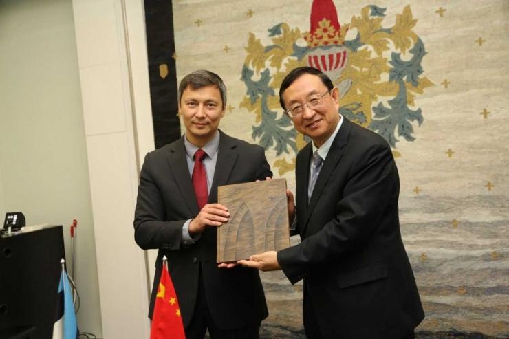 VIDEO! Tallinna linnapea Mihhail Kõlvart kohtus Hiina kultuuri- ja turismiministriga