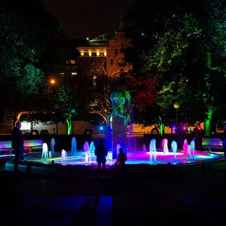 Parkide uus valgustus loob maagilisi hetki