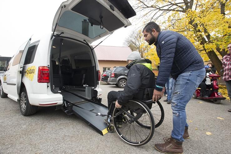 Uute taksodega pääseb ratastooliga ka kontserdile