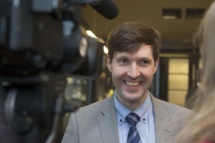 VIDEO! Rahandusminister Helme: rahapesuteod väärivad karistust