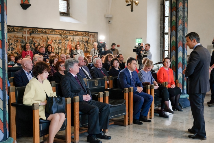 FOTOD ja VIDEO! Teatrifestival Kuldne Mask Eestis tähistab viieteistkümnendat sünnipäeva