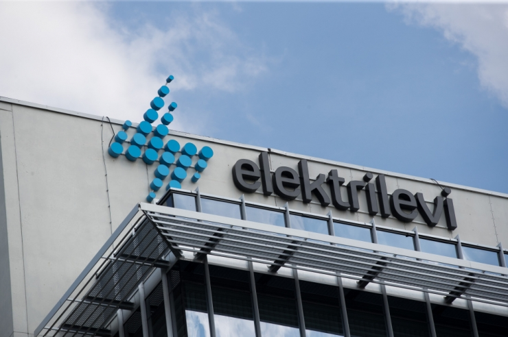 Elektrilevi: kõik suuremad asulad saavad kolmapäeval elektri tagasi
