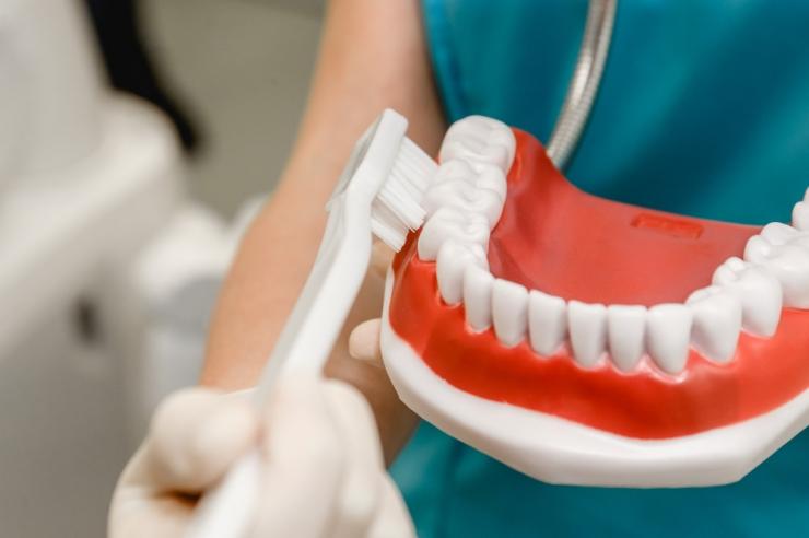 Hammaste tervise kuu kutsub lõpetama hambakiusu