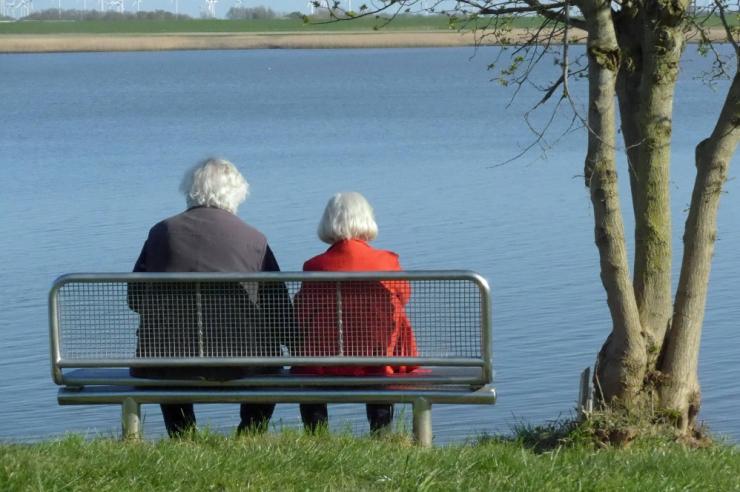 Kahest riigist pensioni saajate maksuvaba tulu kasvab