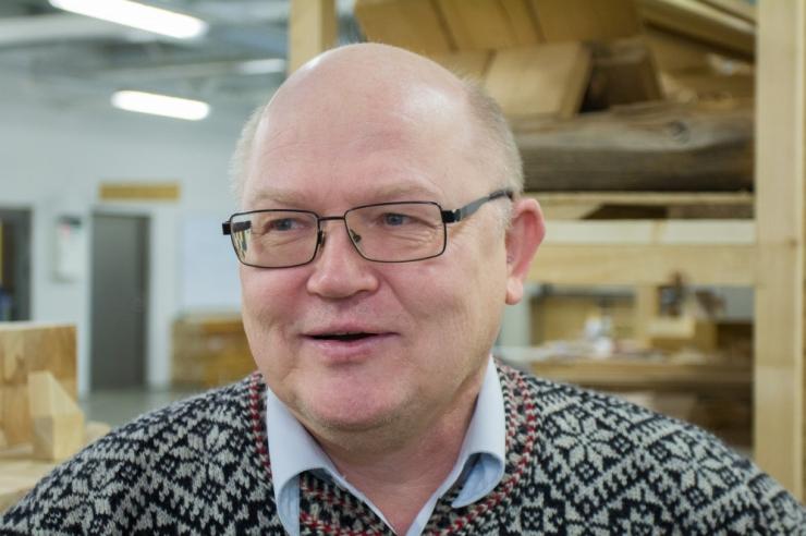Urmas Arumäe lõpetab maaelumister Mart Järviku õigusalase nõustamise