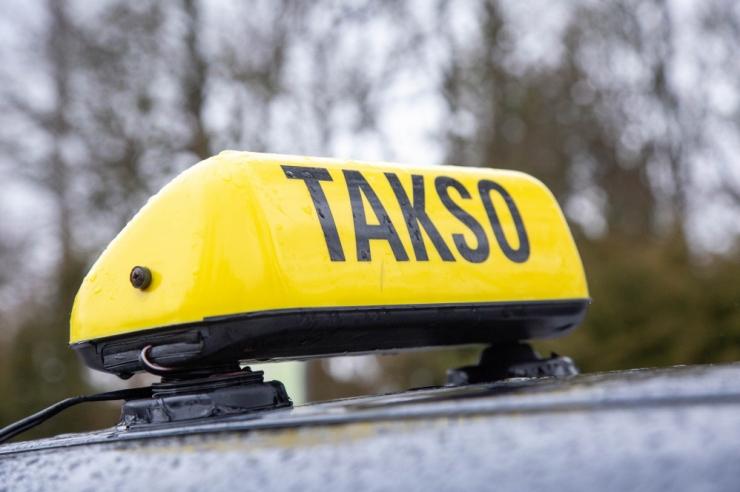 JUHTKIRI: Juhiluba ei tee veel taksojuhti