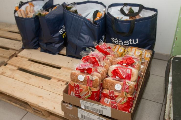 Aita Toidupangal aidata ja osale talvistel toidukogumispäevadel