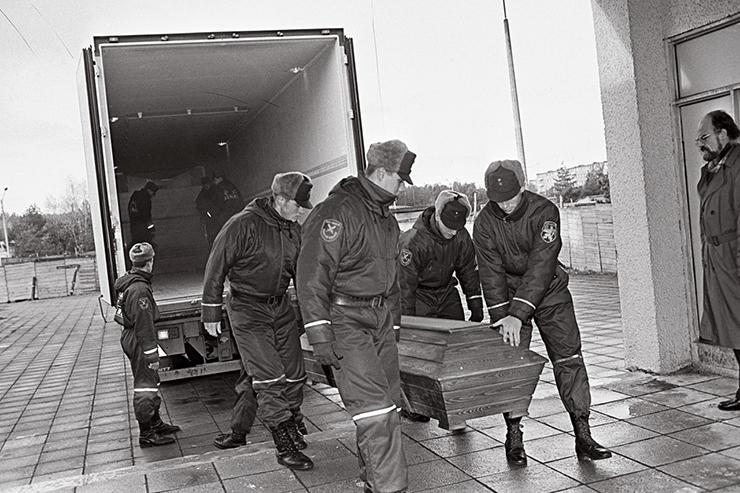 TAGASIVAADE! ENDINE ERIUURIJA: Estonia huku põhjus ilma uute tuukriuuringuteta ei selgu