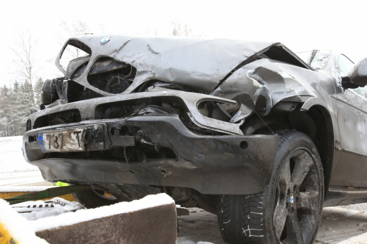 Politsei: libedad teed on toonud kaasa üle 40 avarii