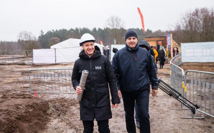 GALERII: 400 koduga uus Tiskreoja elurajoon sai nurgakivi