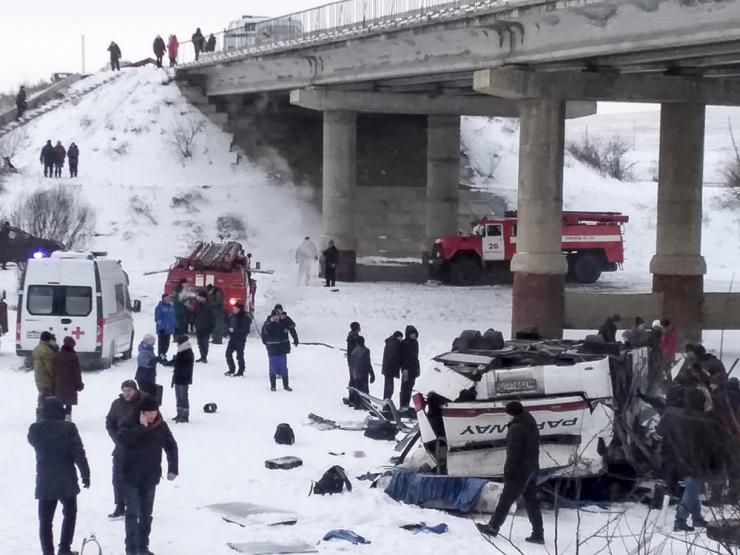 Siberis hukkus bussiõnnetuses 19 inimest