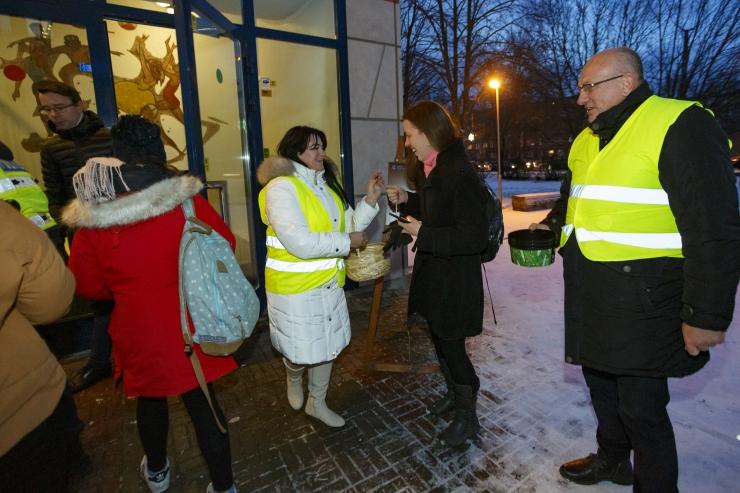 GALERII! Põhja-Tallinna koolides toimus helkurikontroll