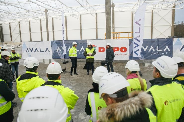 Tallinnas pandi nurgakivi esimesele Läti kauplus-laole DEPO