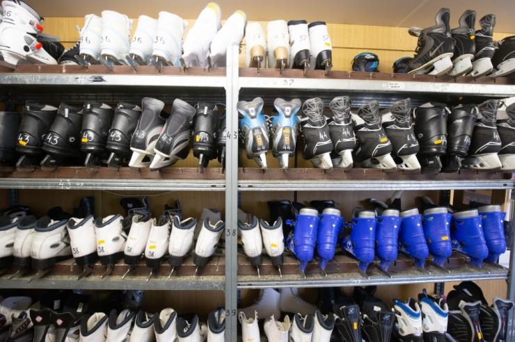 Eesti Olümpiakomitee kingib maakondadele 680 uisupaari