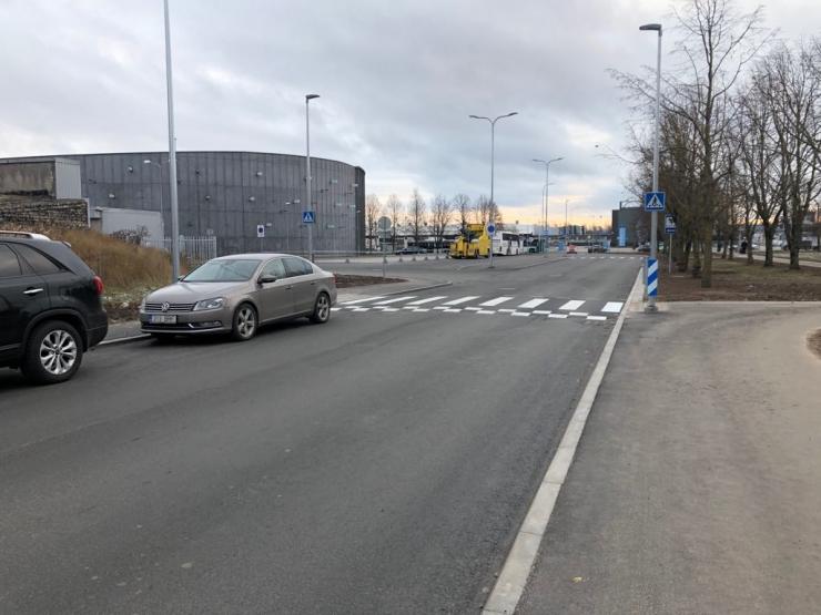 VIDEO! Lasnamäel lõppes ligi 1,5 miljonit eurot maksnud Pinna tänava remont
