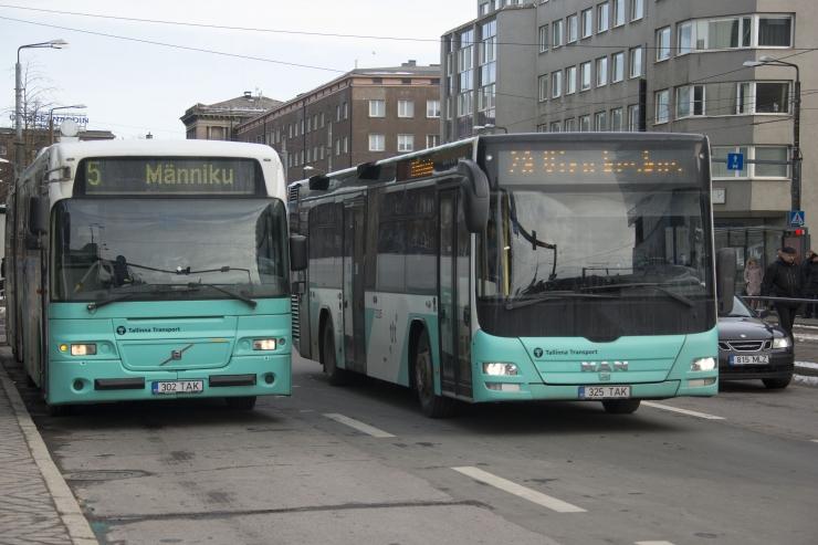 VIDEO! Bussid viivad kesklinnast inimesi kodudesse kuni kella poole kolmeni