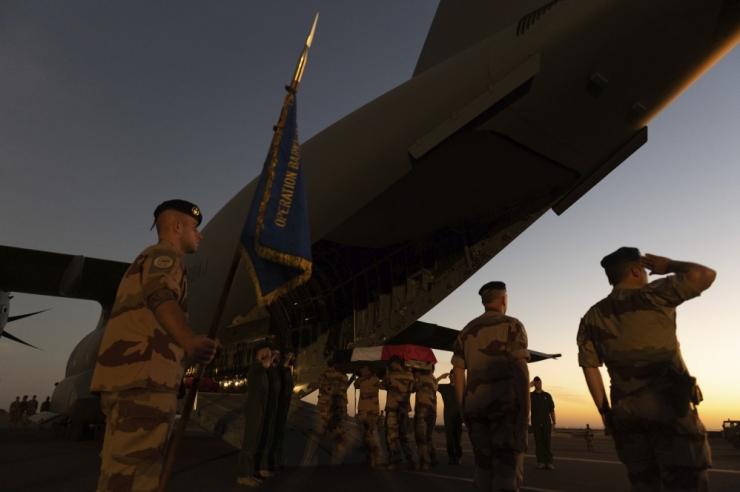 Malis teenival Estpla-43 täitus esimene teenistuskuu