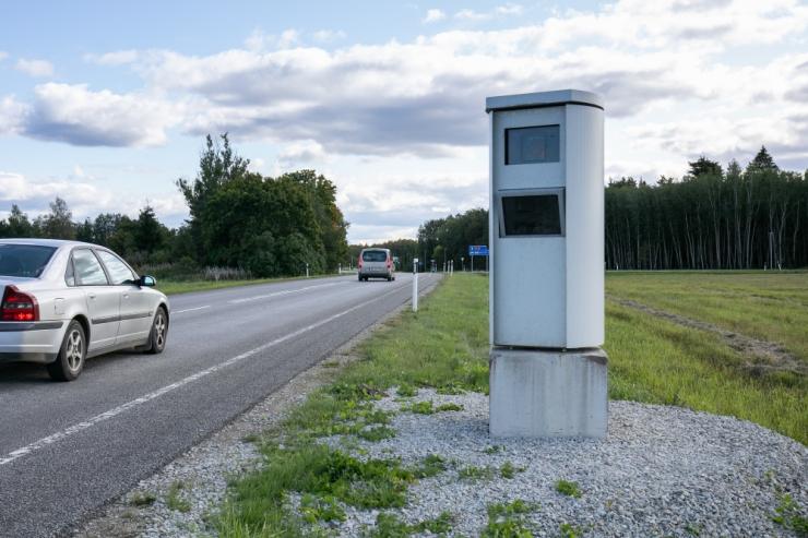 Kiirus- ja foorikaamerad fikseerisid eelmisel aastal 137 279 rikkumist