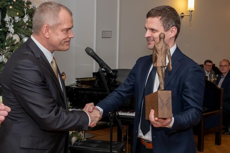 FOTOD! Aasta nooreks juhiks valiti Kaarel Suuk