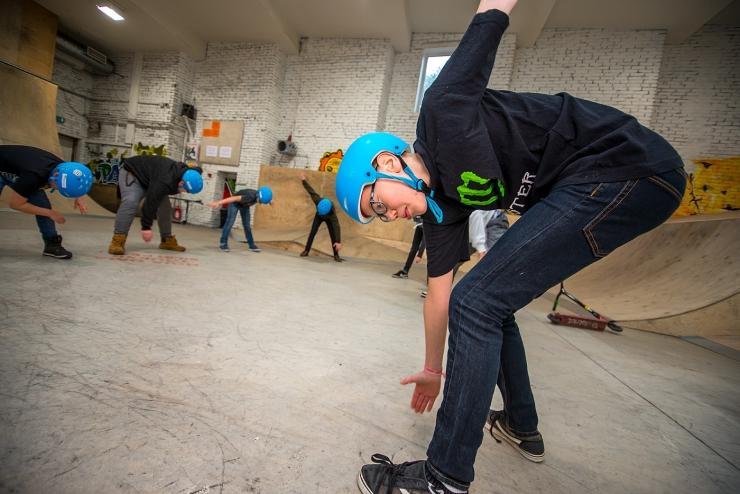 FOTOD JA VIDEO! Pääskülas saavad noored õppida tõukerattaga trikitama